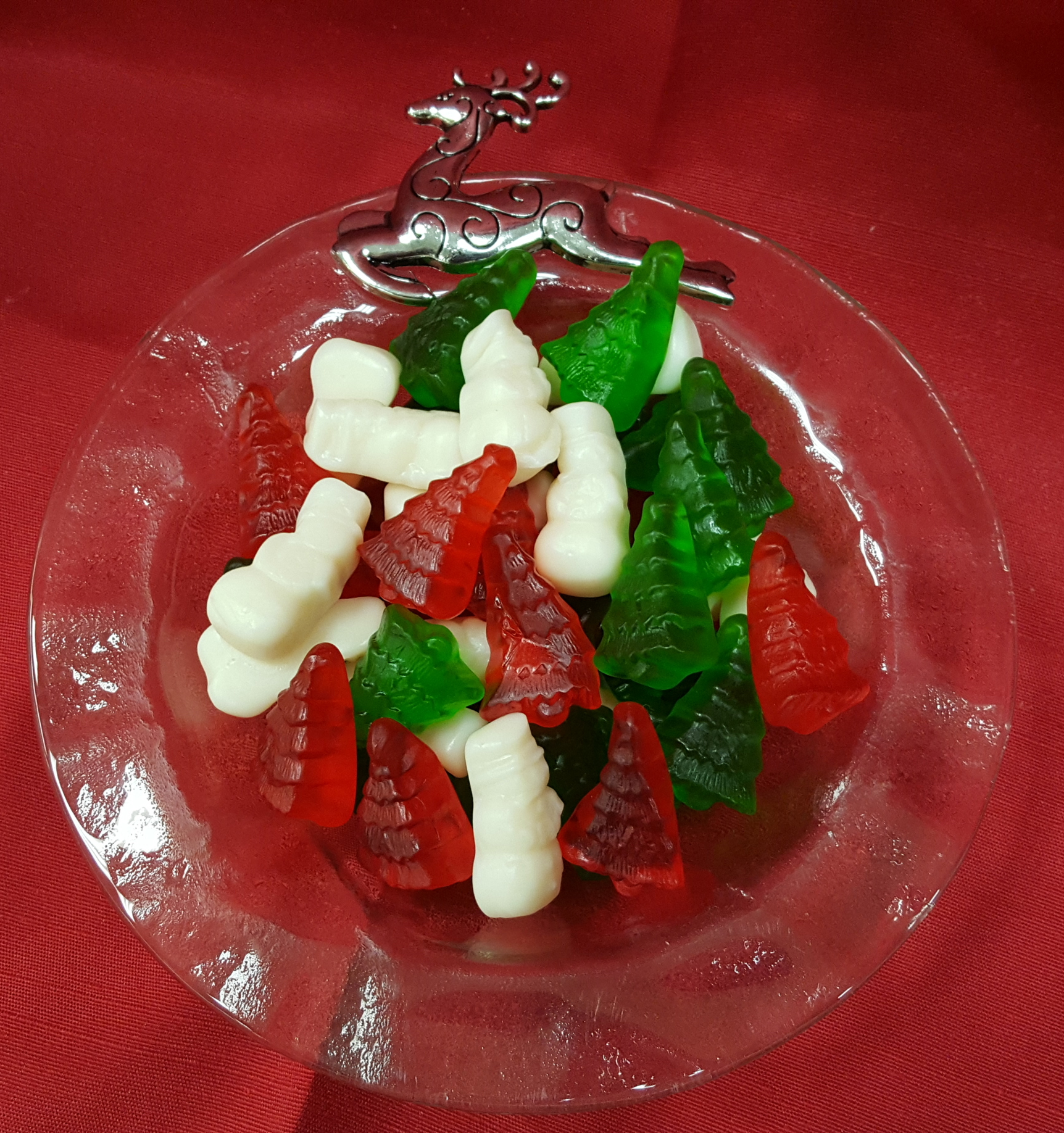 8 oz. Gummi Snowmen and Trees
